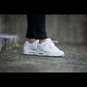 Nike Women's Air Max 90 Premium Shoes